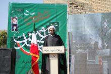 امام جمعه همدان خطاب به دانشآموزان؛ در فضای مجازی فقط عمرتان تلف میشود