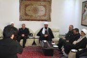 حضور امام جمعه همدان در منزل جانباختگان سانحه هوایی/ این مصیبت بزرگ، کام مردم را تلخ کرد